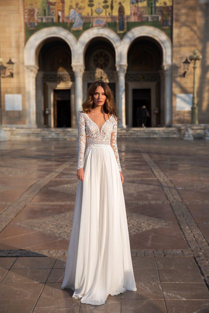 свадебное платье с шифоновой юбкой