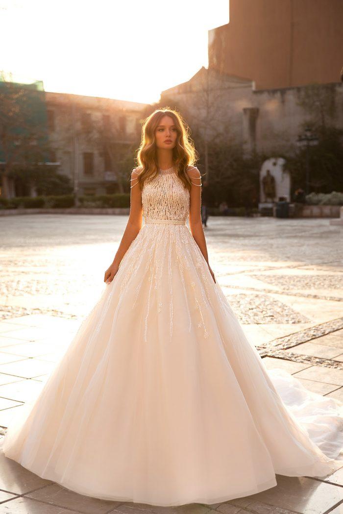 пышное свадебное платье пудра
