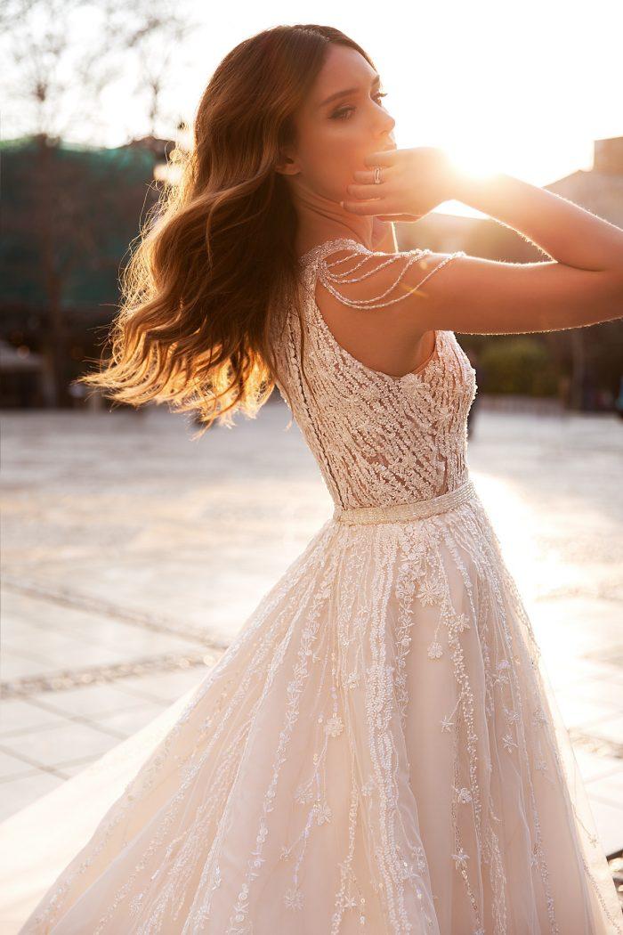свадебное платье с красивыми плечами