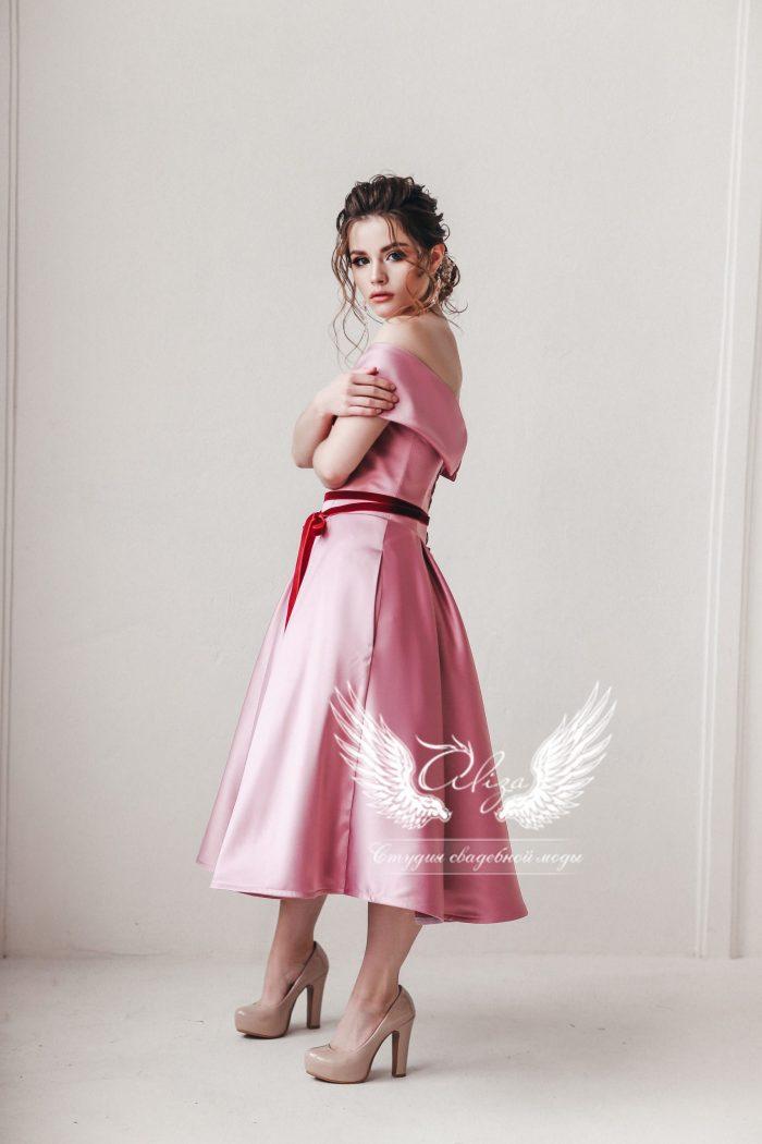 платье на выпускной до колена