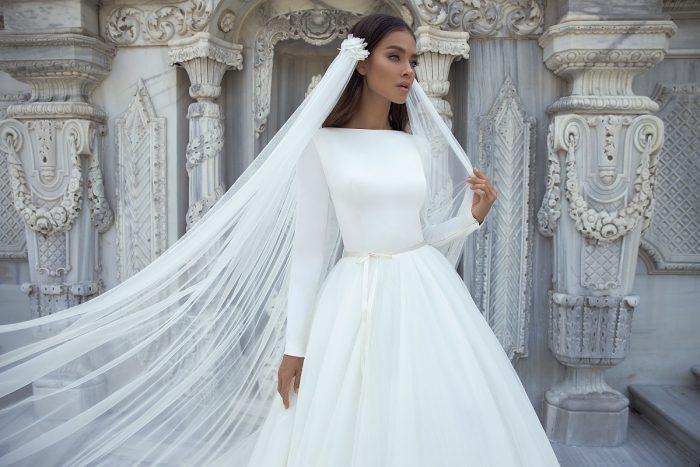атласное платье айвори
