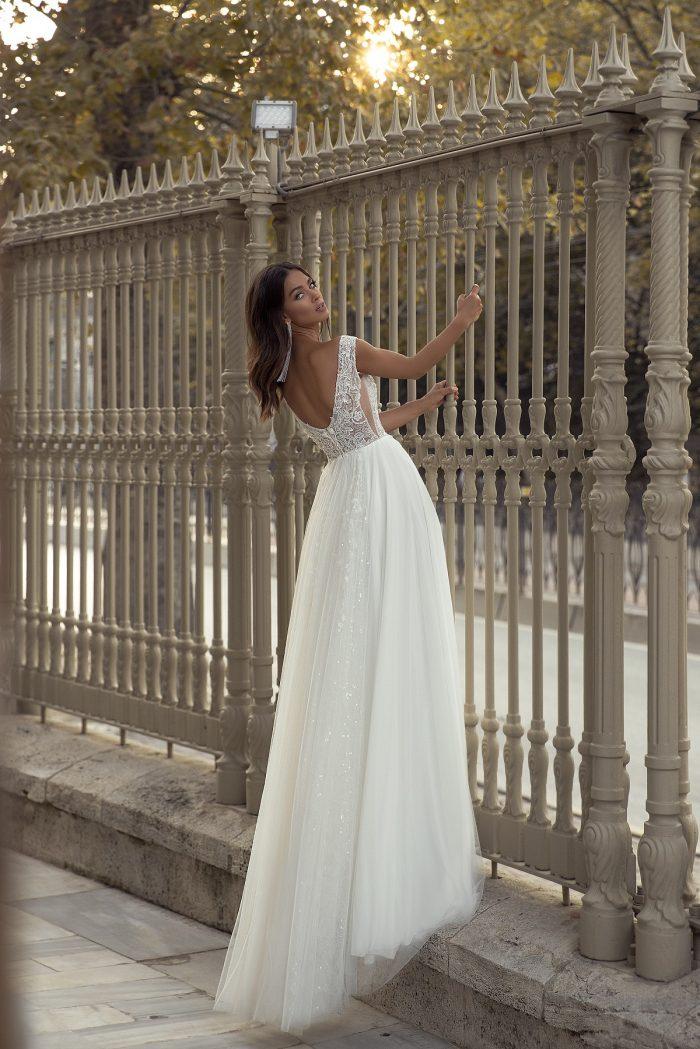 свадебное платье с открытой спинкой Cadence