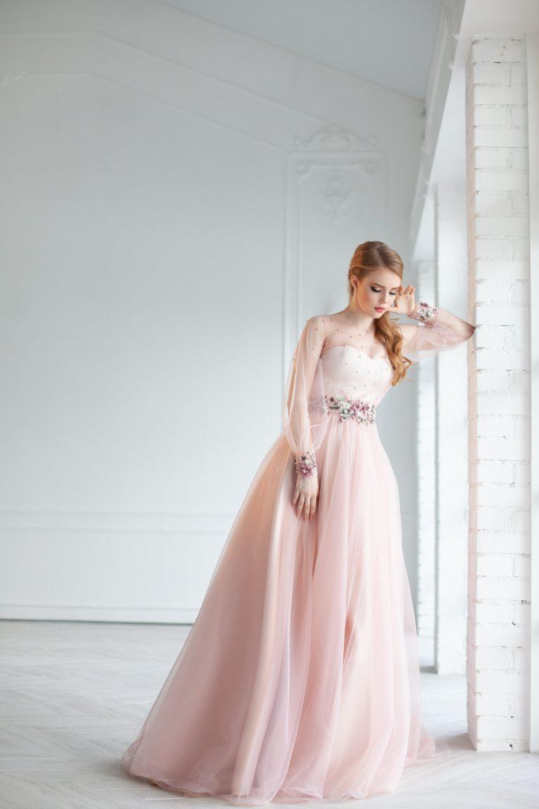 вечернее платье пудра длинное