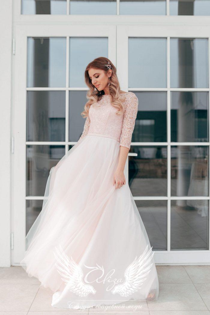 выпускное пудровое платье