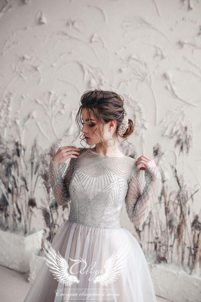 вечернее платье серого голубого цвета