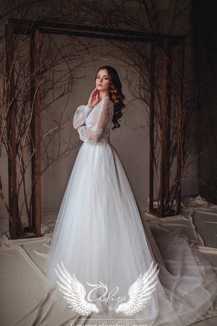 свадебное платье с нежным кружевом закрытое