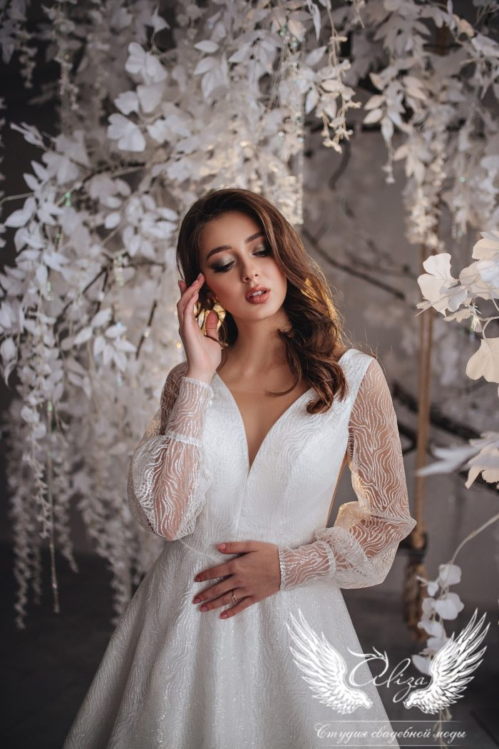 свадебное платье из глиттера