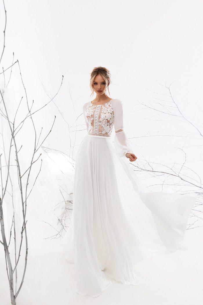 Шифоновое платье с рукавами