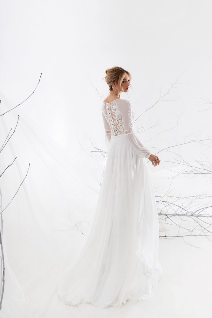 шифоновое платье с закрытой спинкой