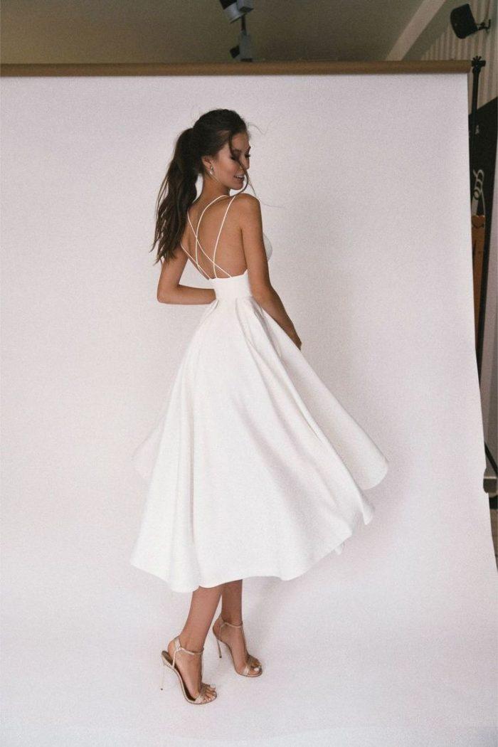 вечернее платье молочное